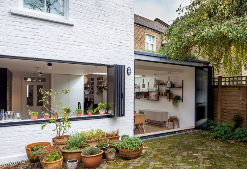 shepherds bush house studio 30 loft conversion residential extension dezeen 1568 4 3 Finlinedoors